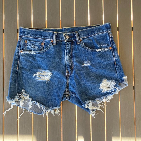 Levi's 505 shorts, 32